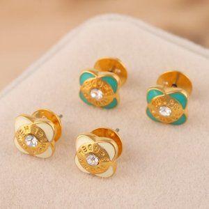 Henri Bendel Enamel Glaze Glaze Flower Earring